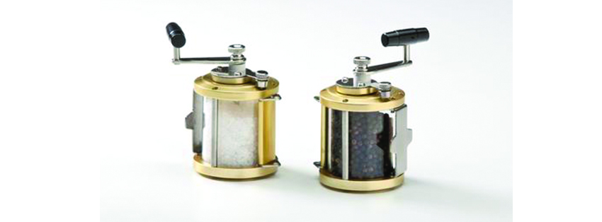 Ocean Reel Salt & Pepper Mill Set