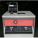 Veeco MS-17 Leak Detector