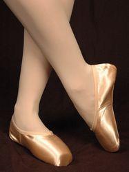 Aspiration Pointe Shoe - Bloch